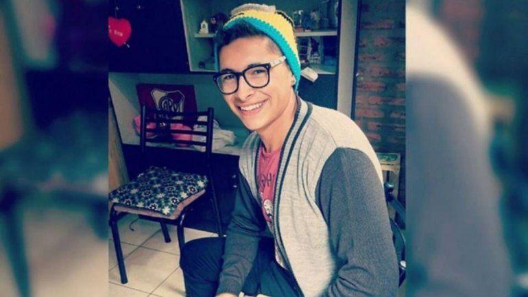 Joven futbolista se descompensó antes de entrenar y murió