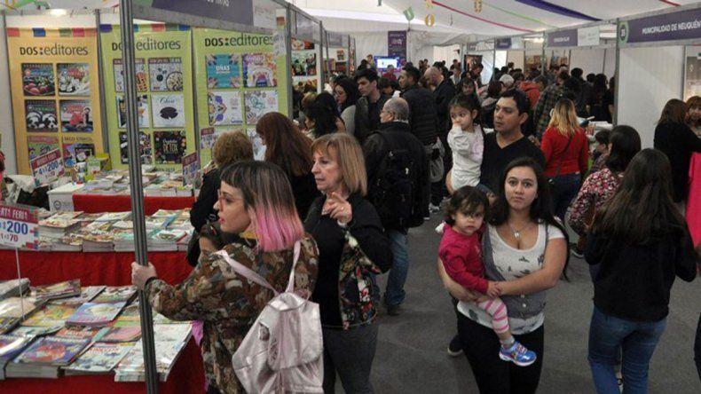 Feria del Libro: ya convocan a los escritores
