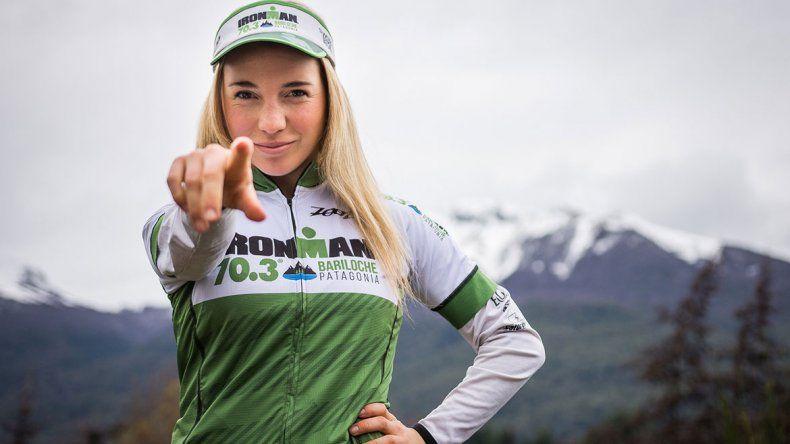Kenya, la guerrera neuquina que a los 20 años irá al Mundial de Ironman