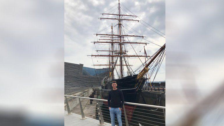 Sporle ya se instaló en Escocia: La ciudad es hermosa pero no se compara a Neuquén