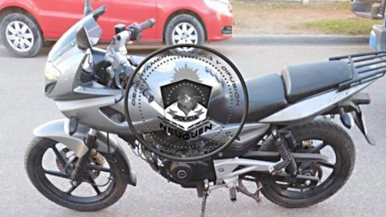 Quedó filmado al llevarse una moto y lo acusaron