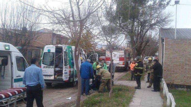 Por un incendio en una comisaría de Plottier, seis policías y tres detenidos intoxicados