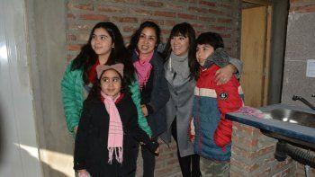 zapala: 23 familias cumplieron el sueno de la casa propia