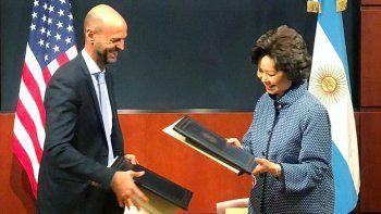 argentina y ee. uu. firmaron un convenio para ampliar rutas aereas