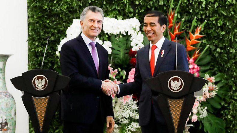 Macri, camino a Japón, trató a Indonesia de socio clave