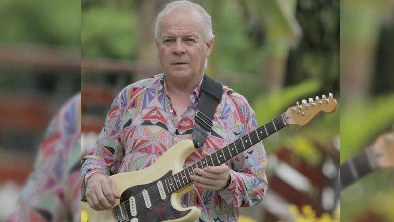 La cumbia está de luto: murió el ex guitarrista de Los Palmeras