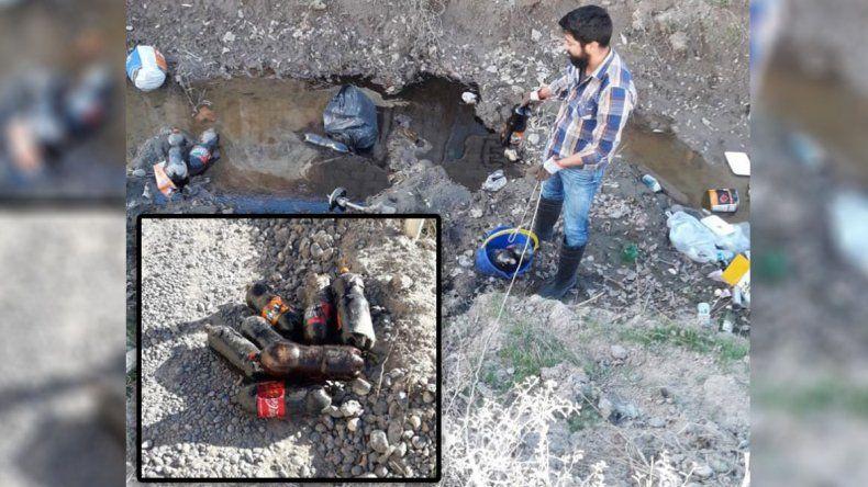 Contaminación: tiraron 50 litros de aceite para autos en un canal pluvial