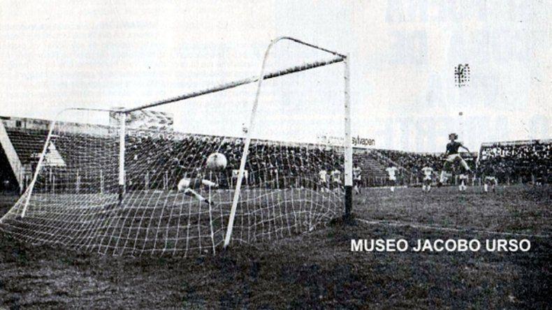 El último gol cuervo en el Viejo Gasómetro fue justo a Cipolletti