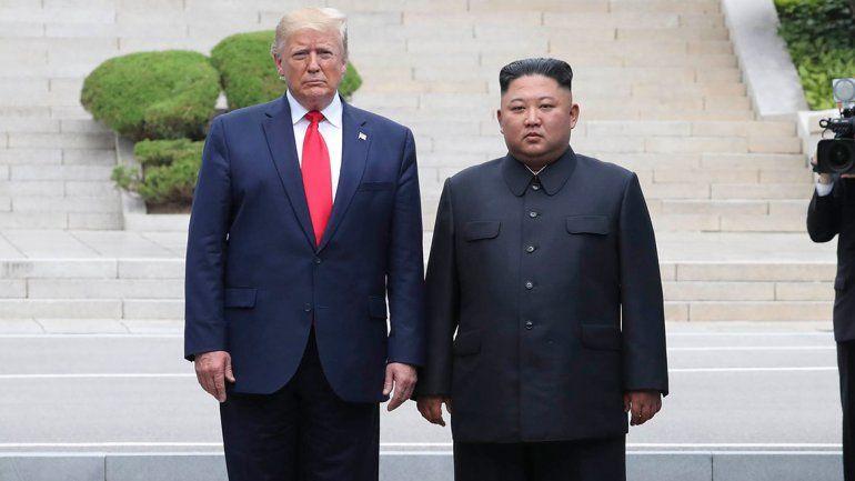 Trump dio un paso histórico y entró a Corea del Norte