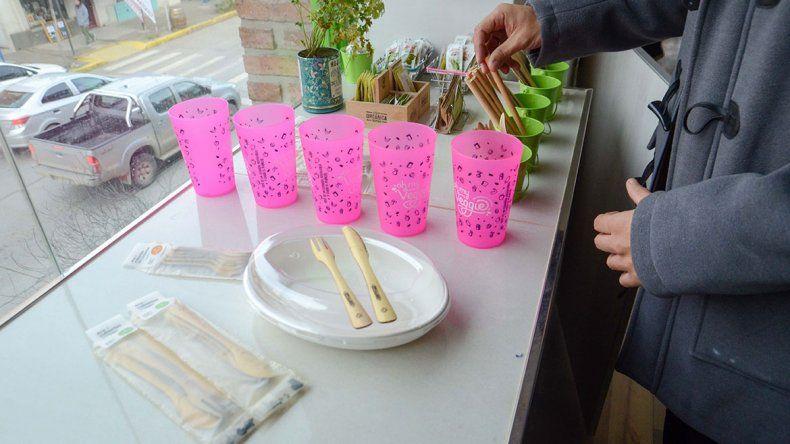 Vajilla ecológica, la última moda en la gastronomía local