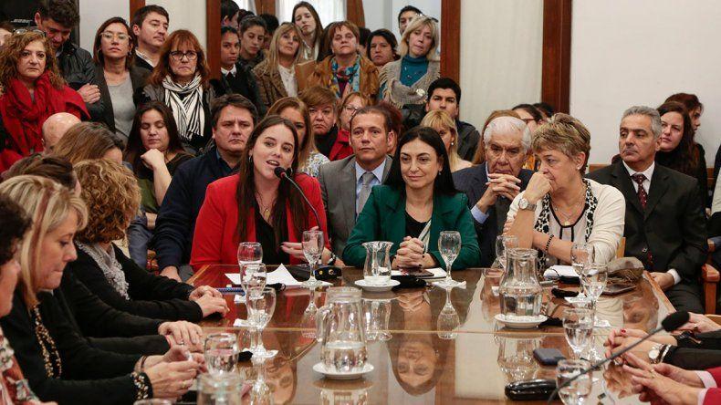 Neuquén promulgó las leyes que refuerzan la equidad de género