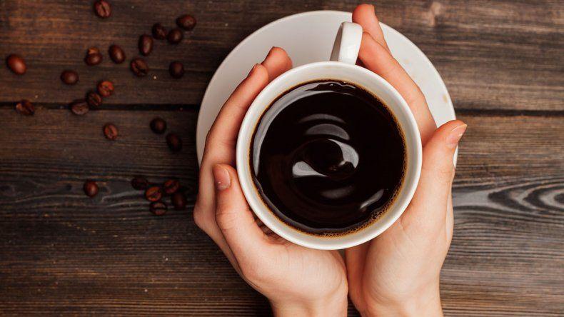 Una taza de café podría ayudar a combatir la obesidad