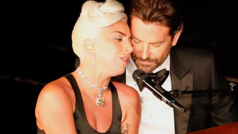 Bomba: aseguran que Lady Gaga está embarazada de Bradley Cooper