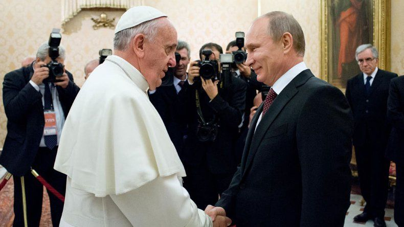 Francisco recibió a Putin por tercera vez