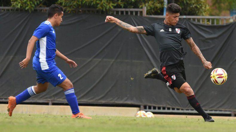 River: el colombiano Carrascal marcó cuatro goles y tembló California