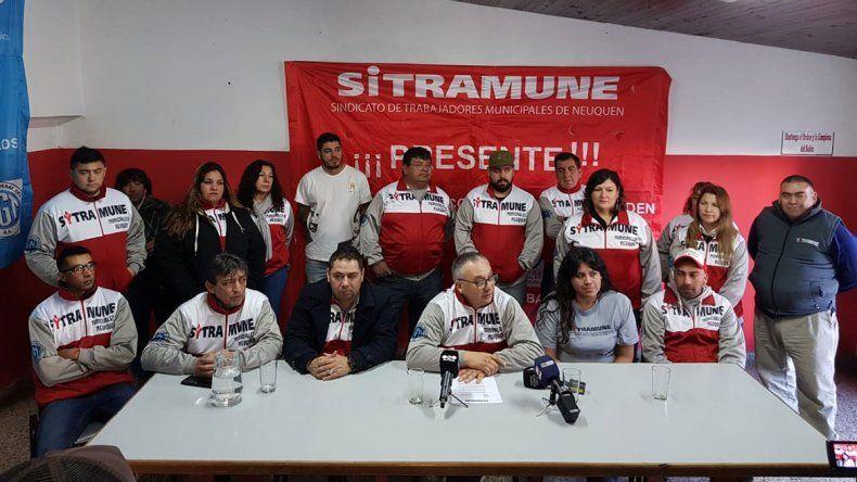 Municipales denunciarán a Pechi Quiroga por el plan de vecinos placeros