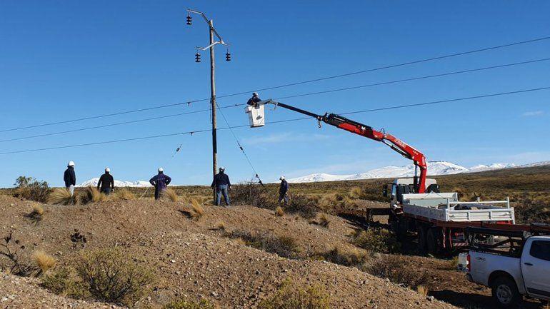 El EPEN reparó la línea que abastece de energía a Aluminé y Villa Pehuenia