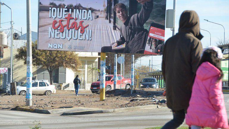 Con 150 carteles, la Muni quiere que se vea la obra pública