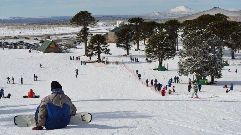 Primeros Pinos tendrá hoy su Fiesta de la Nieve