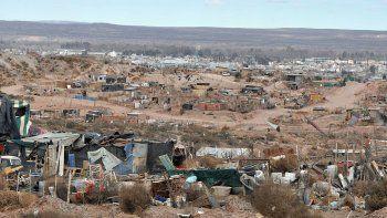 en neuquen hay 27 mil pobres mas que a finales del ano pasado