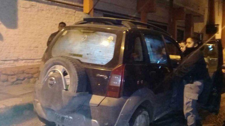 Indignante: un hombre dejó a dos nenes encerrados en el auto para ir al boliche