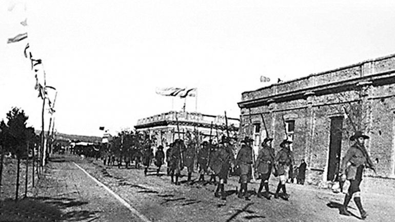 Hace 103 años se festejó a lo grande por primera vez el 9 de Julio en Neuquén