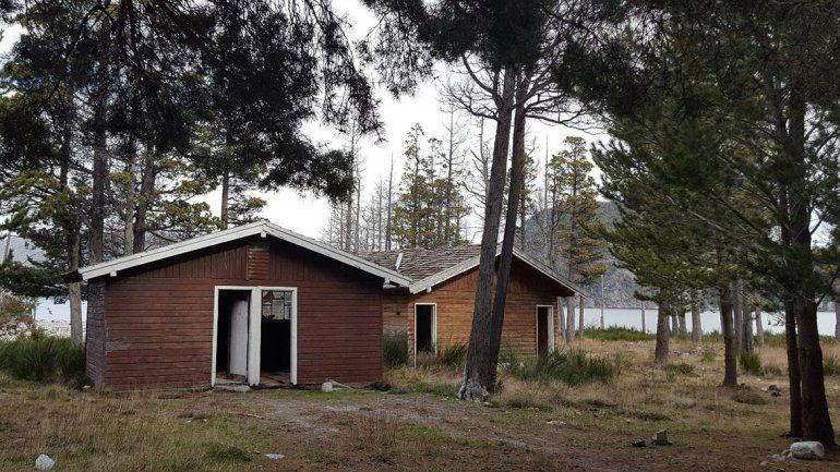Sigue usurpado un albergue cerca de Villa La Angostura