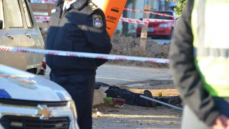 Investigan el brutal crimen de un hombre en barrio Belgrano