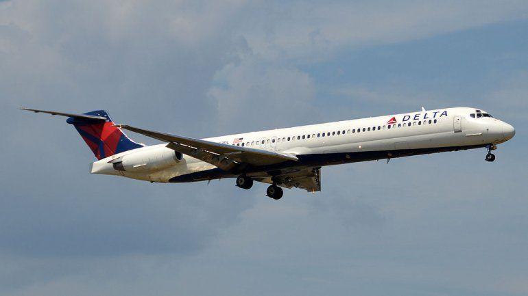 Video: un avión de Delta tuvo que aterrizar de emergencia