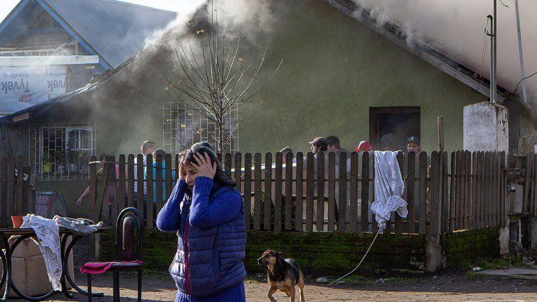 Una abuela y sus nietos se salvaron de un voraz incendio