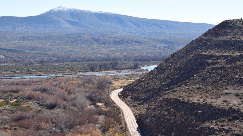 Diez kilómetros de asfalto ilusionan a Bajada del Agrio