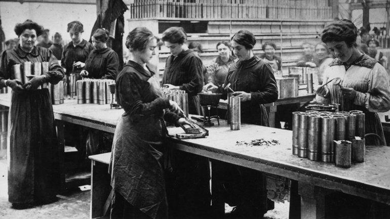 Reunión clave en 1913: ¿cómo traer mujeres a la Patagonia?