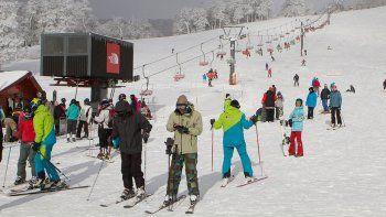 uno de cada 5 esquiadores en chapelco es de brasil