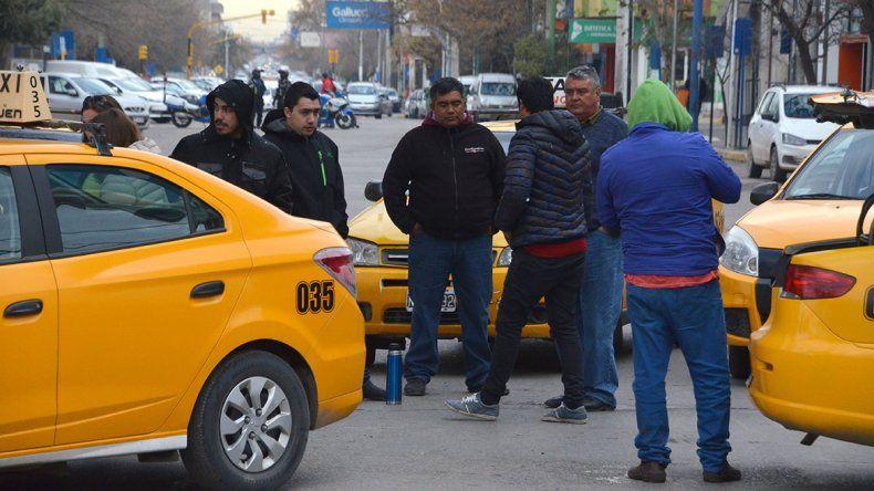 Sólo una recompensa podría ayudar a esclarecer el ataque al taxista