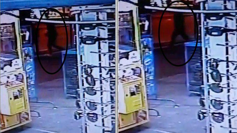 Los agresores del taxista fueron filmados por las cámaras de un kiosko