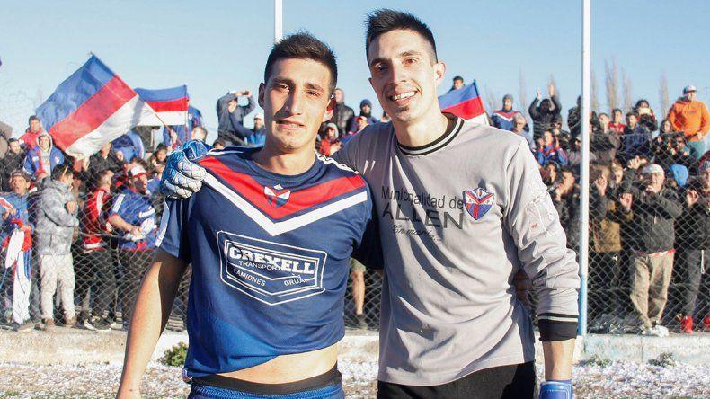 Unión campeón: hermanos héroes y el viejo feliz en el cielo