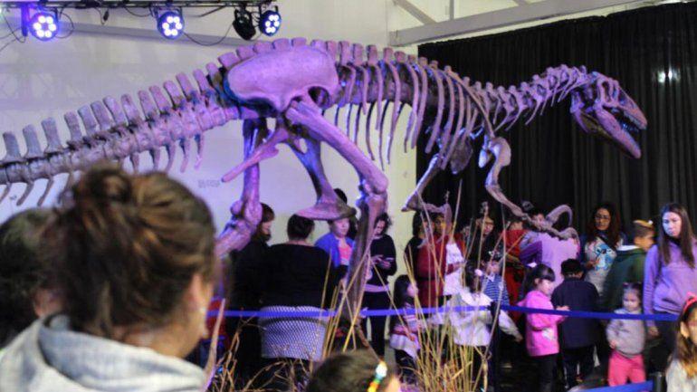 El megaraptor es el furor de estas vacaciones en Neuquén