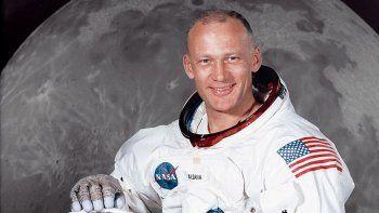 homenaje por los 50 anos del despegue del apolo 11 hacia la luna