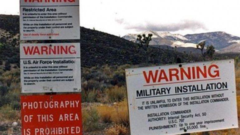 Un usuario de Facebook planeó invadir el Área 51 para buscar aliens y lo amenazó el gobierno de EEUU