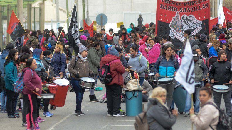 Tres marchas complican el tránsito en toda la ciudad