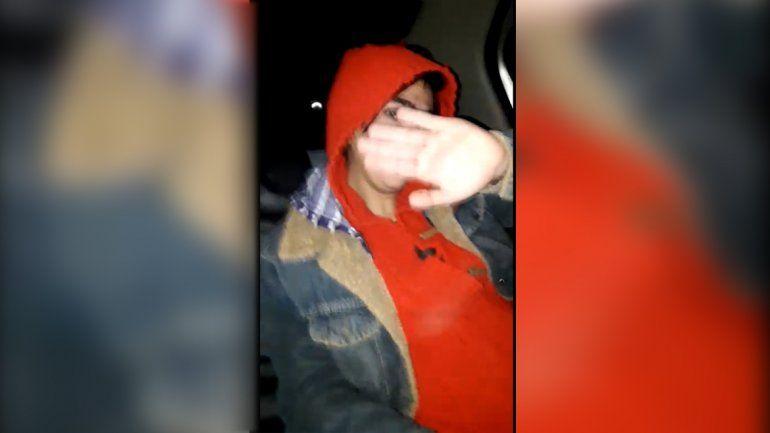 Una mujer embarazada con un cuchillo intentó asaltar a un taxista en Neuquén