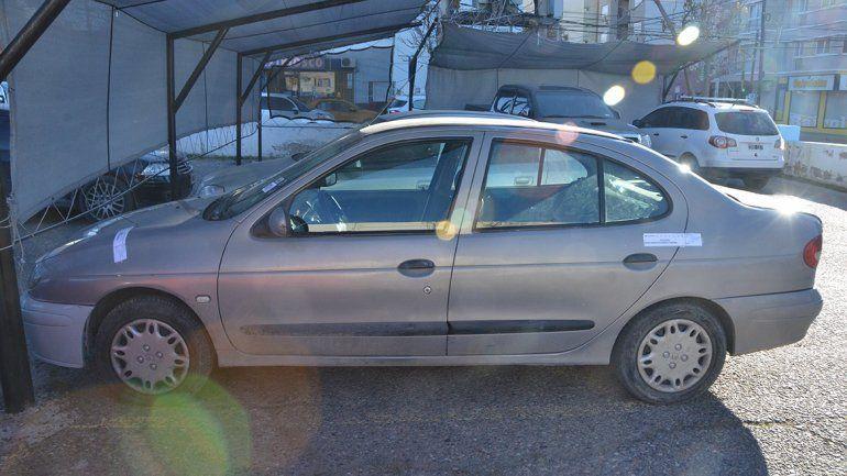 Demoraron a un hombre y secuestraron un auto que podría estar vinculado al ataque al taxista Pablo Sánchez