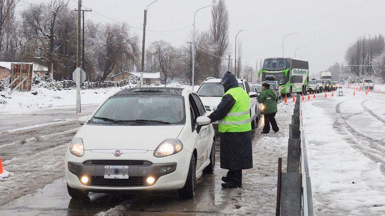 Reforzaron los operativos por las intensas nevadas