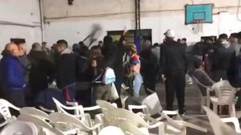 La Plata: un festival de boxeo terminó en una guerra campal