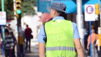 policias truchos estafaban con bonos para la mutual