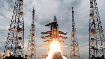 despego la sonda de la india que buscara llegar a la luna