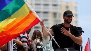 ricky martin encabeza las protestas contra la homofobia en puerto rico