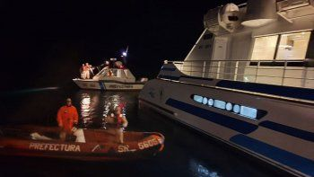la angostura: por el derrumbe y la nieve, debieron rescatar a 750 turistas por el lago