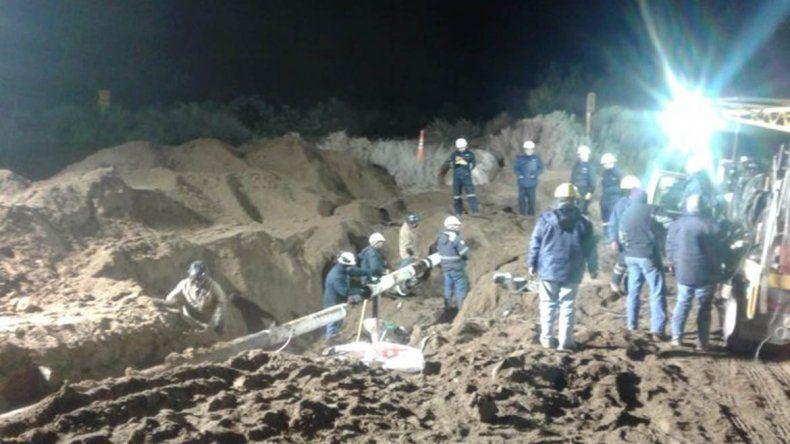 Ardua tarea para reparar la rotura del gasoducto cordillerano