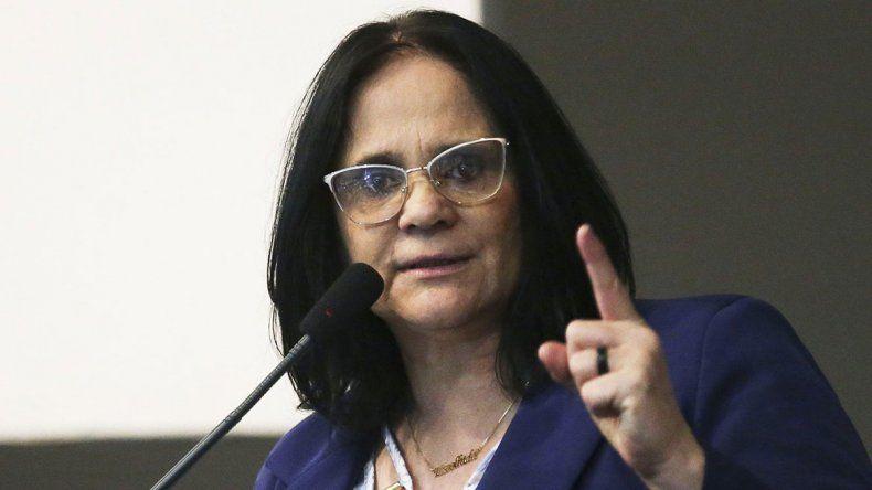 Ministra brasileña: Las niñas son violadas porque no usan calzones